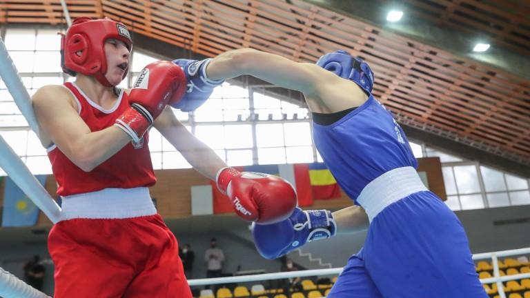 Радослав Росенов на 1/4-финал на Световнотото първенство по бокс