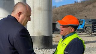 Борисов обяви съревнование между Бургас и Варна за градска железница