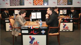 Топалов завърши реми с Бакро