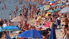 Ангелкова обеща строг контрол по плажовете