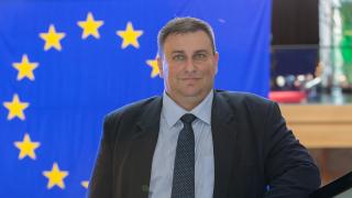 Емил Радев: Спираме да сменяме времето през 2020