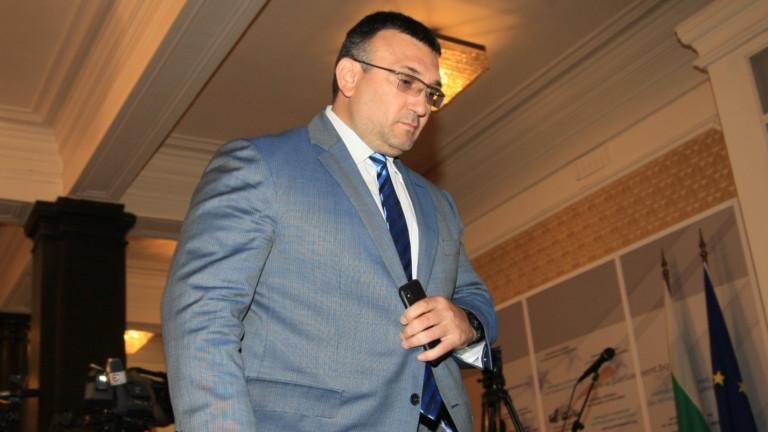 Правителството предлага на президента да освободи Маринов като главсек на МВР