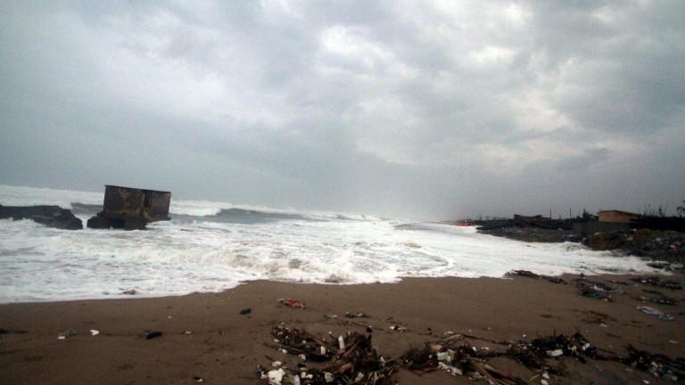 От Външно министерство предупредиха за усилване на циклона Янос до