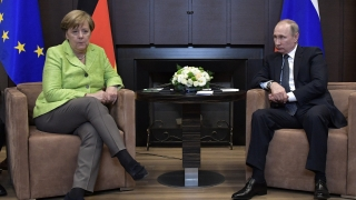 """Путин към Макрон и Меркел: Режимът на """"тишина"""" не се отнася за терористите в Сирия"""