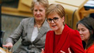 Решението на Лондон увеличава подкрепата за независимост на Шотландия, предупреди Стърджън