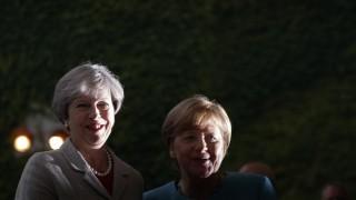 Мей предлага най-малко €20 млрд. за развода с ЕС