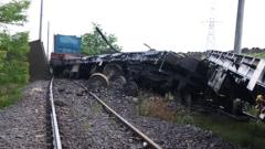Дерайлирал влак, превозвал петрол, евакуира градче в САЩ