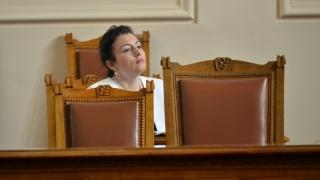Смешни са обясненията на Танева за скъпите джипове, каза Кадиев