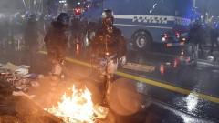 Десетки ранени след сблъсъци на футболни фенове в Италия