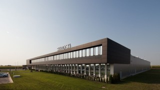Swarovski прехвърля производството си в Сърбия