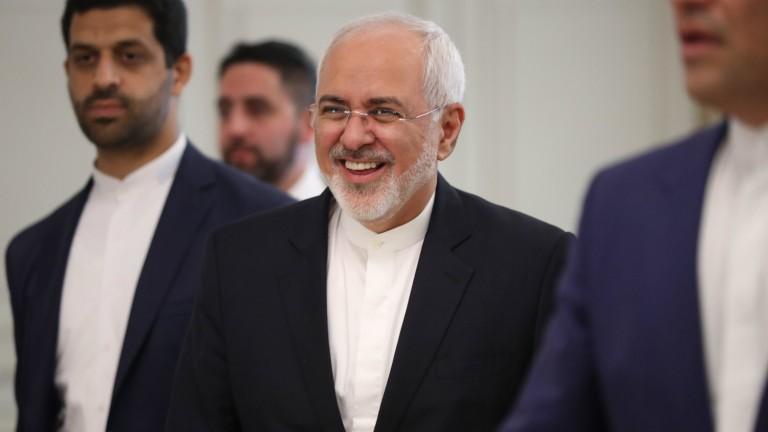 Стремежът на САЩ да промени ядреното споразумение с Иран изпраща