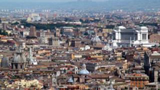 Пожар на гара в Рим обърка разписанието на влаковете в Италия