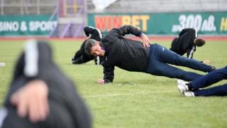 Етър представя отбора срещу бивш тим на Балъков