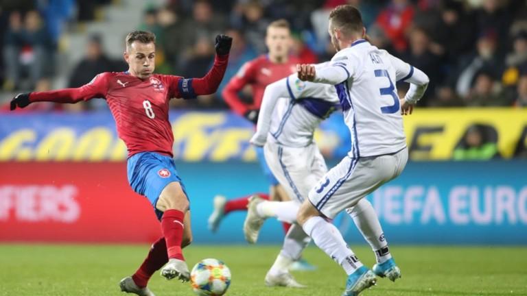 Чехия се класира за Евро 2020, след като стигна до