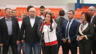 """Премиерът Бойко Борисов и министър Красен Кралев откриха изцяло реновираната зала """"Асикс Арена"""""""