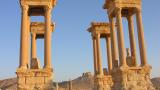 """""""Ислямска държава"""" разруши Тетрапилона в Палмира"""
