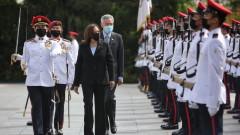 Камала Харис в Сингапур: САЩ са световен лидер и се ангажират трайно в Азия