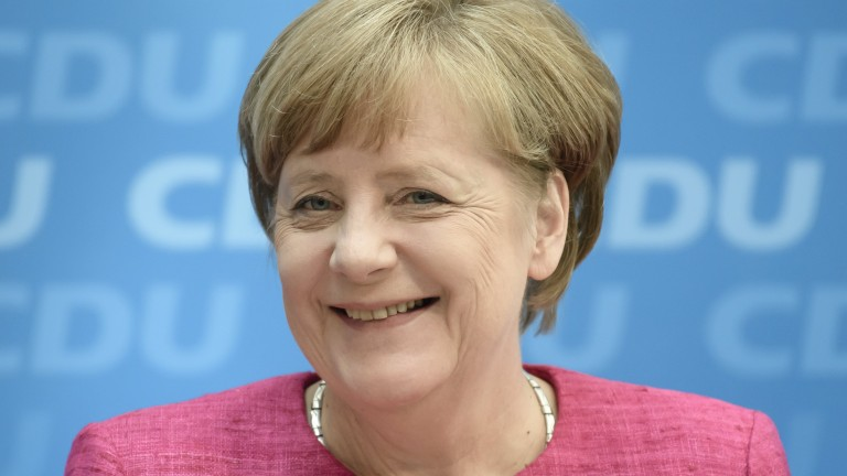 Меркел разглежда искането на Румен Радев за охраната на границите на ЕС