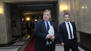 Определиха Каракачанов за председател на две комисии