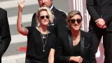Кристен Стюарт стяга лесбо сватба