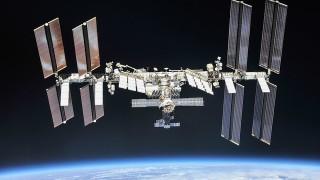 Колко пъти минава над главите ни на ден Международната космическа станция
