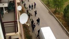 Закриване на мигрантските центрове в София, искат от ВМРО