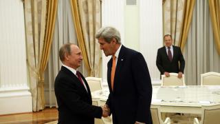Контактите между САЩ и Русия са плодотворни, обяви Путин пред Кери