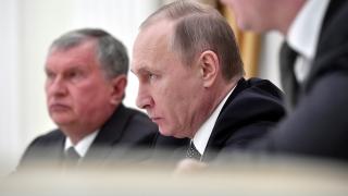 НАТО се разширява, защото го е страх от Русия, анализира Путин