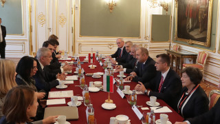 За реално овластяване на гражданите призова Румен Радев от Виена