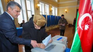 Азербайджан задържа 20 опозиционни кандидати след вота