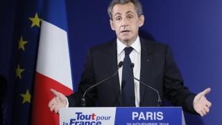 """Саркози разследван за """"помощ"""" на Катар за Световното по футбол 2022 г."""