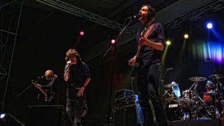 Виртуозен рок от Mr. Big в София