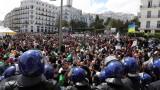Алжир с нов президент за пръв път от 20 години