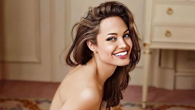 Има ли нов мъж в живота на Анджелина Джоли