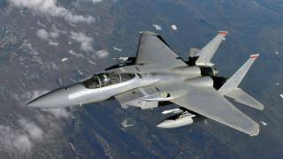 Катарски изтребители прихванали граждански самолет на ОАЕ