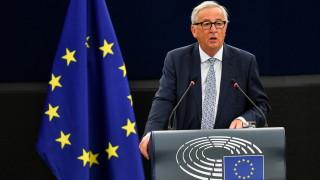 Строгият тон на Юнкер към Румъния не е присъда за страната