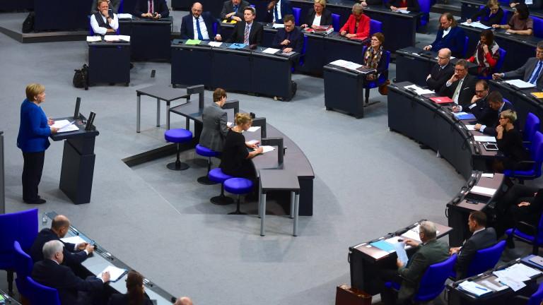 Канцлерът на Германия Ангела Меркел отново призова Турция да прекрати