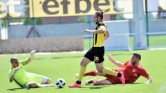 Стивън Петков: Надявам се играта на Локомотив в дербито да е като тази срещу Славия