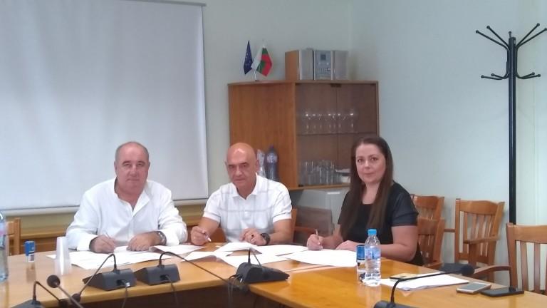 НЗОК и синдикатите подписаха осми колективен договор