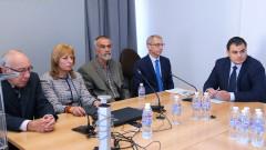 Отстраненият ректор на ТУ-Варна няма да може да преподава и като лектор