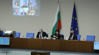 Караянчева готова да се върне в производството след мандата