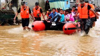 60 жертви на наводненията в Китай