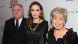 Анджелина Джоли, Брад Пит, майката на актьора и едни тежки обвинения