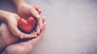 Стартира дарителски фонд за децата на медици и учители, починали от коронавирус