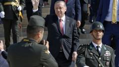 Турция скоро затваря границата си и въздушното си пространство с Ирак