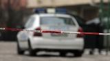 Екшън в Овча купел: Мъж заплашва с пистолет хората от блока