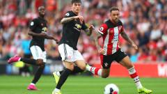Юнайтед отново разочарова, Саутхамптън измъкна точка с 10 човека