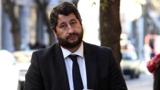 Прокуратурата търси лице, подписвало се вместо Христо Иванов