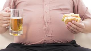 Кои страни харчат най-много средства заради затлъстяването на населението си