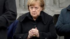 Германците все по-малко подкрепят Меркел